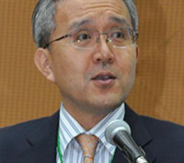 Dr. Pan Suk Kim